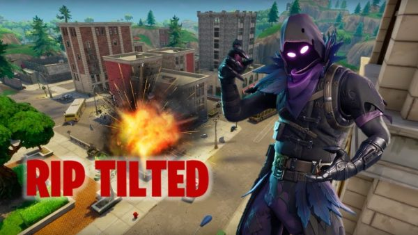 Landing In TILTED TOWERS Before The METEOR Hits (Fortnite Gameplay)
